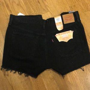 Levi's Shorts - NWOT Levi 501 High Rise Short (Black) - Sz 31